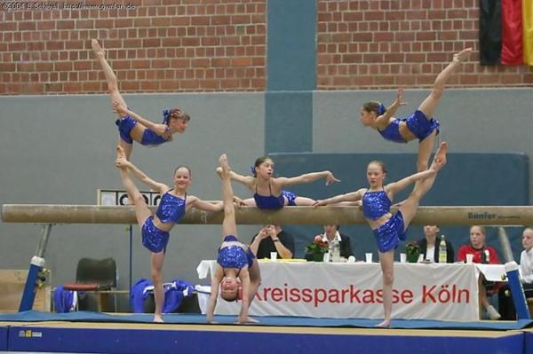Piramide gym for Gimnasio fitness las rosas